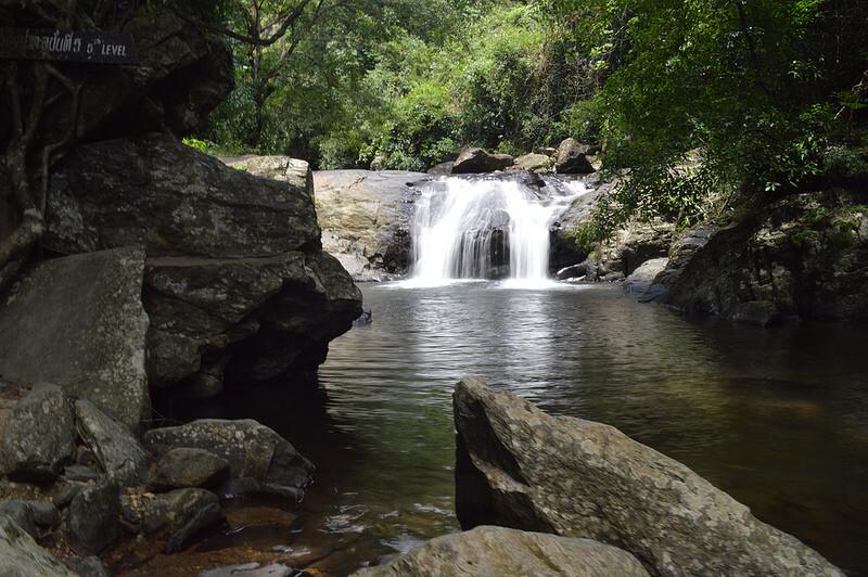 น้ำตกป่าละอู (Pa La-U Waterfall)