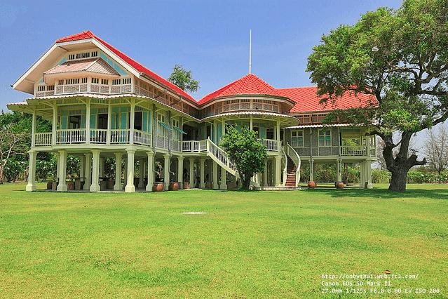 พระราชนิเวศน์มฤคทายวัน (Mrigadayavan Palace)